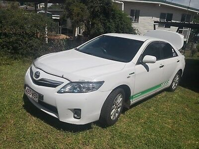 Toyota Camry Hybrid 2010  with rego and roadworthy well maintained