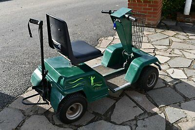 Pennine Fore electric golf buggy