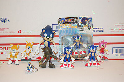 Lot of 9 Sonic The Hedgehog Action Figures 2000 Sega & Toy Island Tails Amy