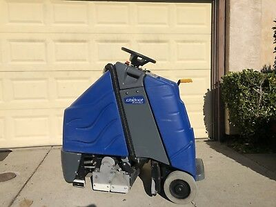 """Windsor Chariot CE24 iExtract Extractor 24"""" Carpet Cleaner Low Hours"""