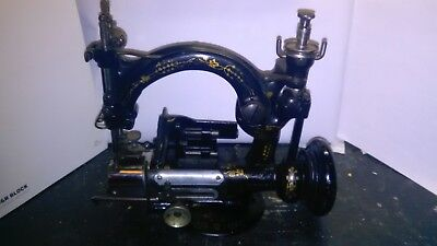 Rare Antique Willcox & Gibbs straw/chip braid Type 200 hat maker sewing machine