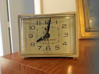 Vintage General Electric Alarm Clock Mid Century Made in USA