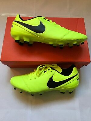 new style d9b72 b4396 Nike Tiempo Genio II leather football boots, Moulded Studs, Size 8   NEW