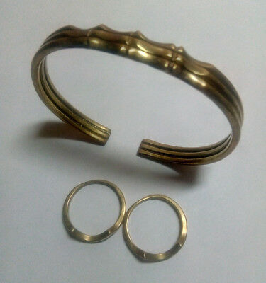 Jewelry, Bracelet with two bronze rings