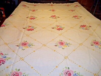 """Vintage Table Cloth 84"""" X 68"""" With 8 Napkins Hand Embroider Flowers"""