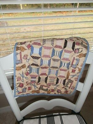 PRIMITIVE miniature DOLLY QUILT~SPINNING SPOOLS-SEWING THEME~HAND SEWN & QUILTED