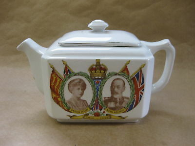 Maling Ware Teapot For Ringtons ~ King George V 1935 Jubilee Commemorative