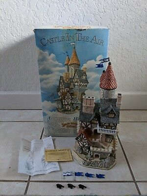 David Winter - Castle In The Air - in box & COA, FLAGS, CANNONS