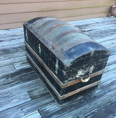 1800's Antique Stsgecoach Arch Top Camel Back Hump Back Steamer Trunk, Big&Heavy