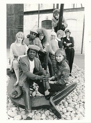 J7 VTG 1980/'s Celebrity Press Photo 7x9 Fun Boy 3 Group 1p