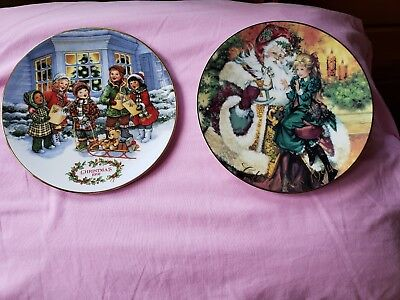 2 Avon fine collectibles 1991 and 1994 Christmas Plates