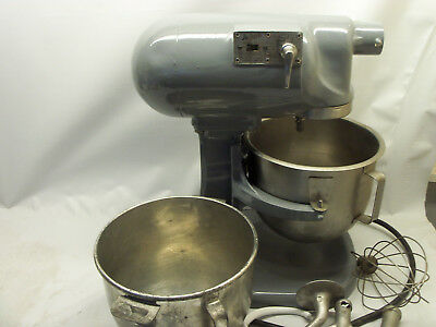 Hobart N-50 Commercial 5-qt, 3-spd Stand Mixer with 2 Bowls and Attachments 110v