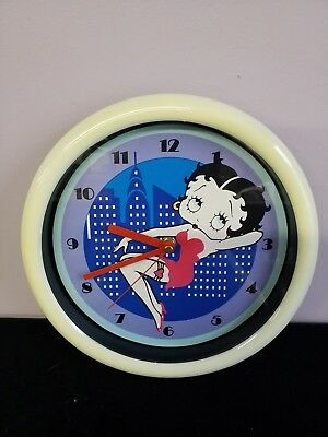 """Vintage Betty Boop Red Dress Wall Clock Battery Operated 10"""""""
