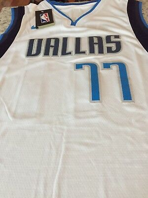 low priced 2dd53 590bf DALLAS MAVERICKS #77 Luka Doncic Jersey Size 52 / XL