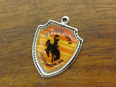 Vintage Silver Six Gun City Jefferson New Hampshire Travel Shield Charm E15