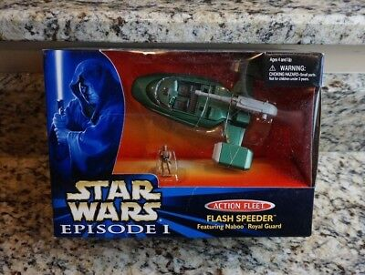 Flash Speeder w Naboo Royal Guard 1999 STAR WARS Micro Machines Action Fleet MIB