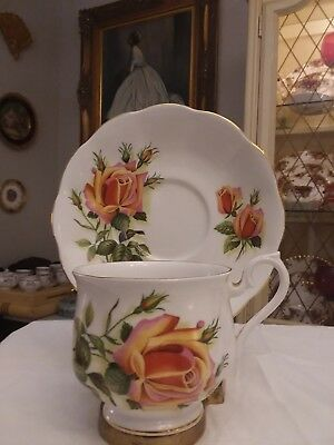 Royal Albert Bone China England Vintage Rose Tea Cup & Saucer Mint Condition!