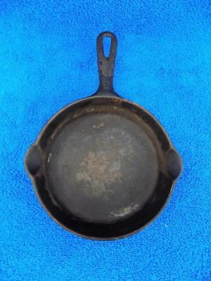 Vintage Griswold No.3 Cast Iron Skillet 6 inch with 2 Pour Spouts