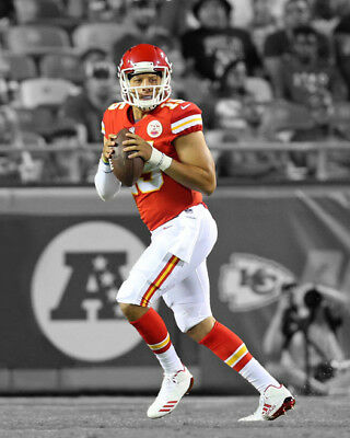 Kansas City Chiefs PATRICK MAHOMES Glossy 8x10 Photo Spotlight Print Poster