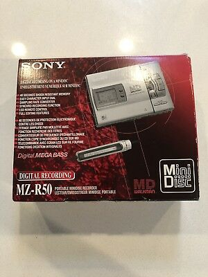 Sony MZ-R50 Portable Minidisc Recorder Player MD W Original Box & Accessoires