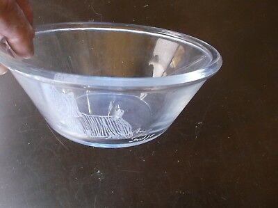 Silky Terrier- Hand engraved Glass Bowl by Ingrid Jonsson.