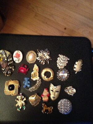 Junk Drawer Lot Of 20 Brooches/pins Vintage