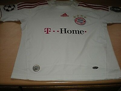 An Adidas Youths White FC BAYERN MUNICH Shirt - 'T-Home' Numbered 8 -  Name LEON