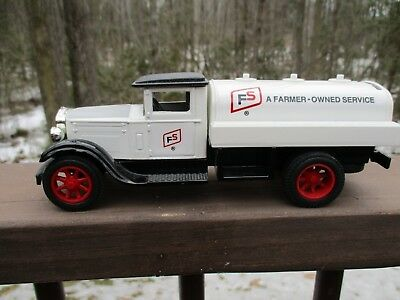 Ertl American Classic Diecast 1931 Tanker Truck Bank FS Services logo