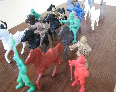 Vintage Lot of Early Marx Medieval Knights and Horses 54mm Figures