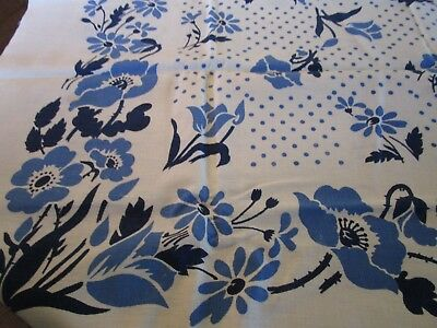 BEAUTIFUL Vintage Linen Tablecloth Blue & White Floral Pattern DAISY POPPY TULIP