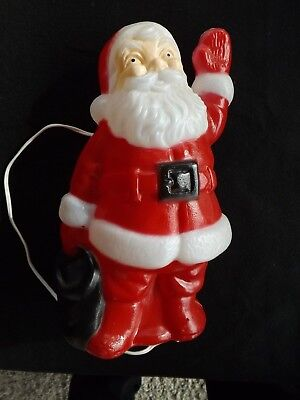 Vintage Plastic Santa Claus Lighted, Hand up to Wave. Excellent condition
