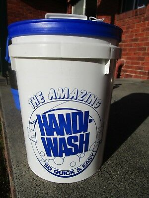 Handiwash Camping laundry bucket- never used - simple pump action