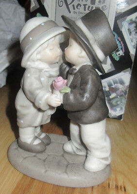 Kim Anderson: Pretty As A Picture: By Enceno: Figurine: A Rose For A Kiss