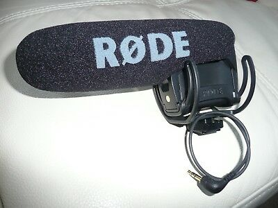 RØDE Microphones VideoMic Pro Compact Directional on Camera Microphone
