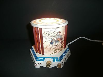 Rare Vintage TV Lamp Asian Chinese With Ducks Design
