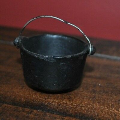 """Vintage Cast Iron Mini Toy Pot with handle ~ 1.25"""" tall x 2"""" wide"""