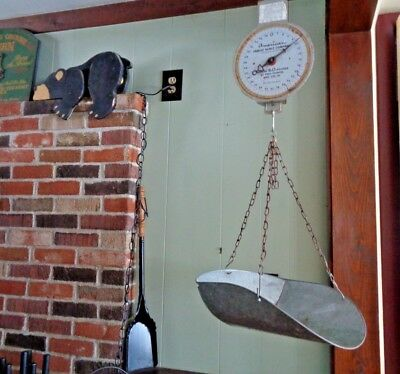 Vintage 1950's AMERICAN FAMILY SCALE HANGING SCALE w/BASKET 60 LBS