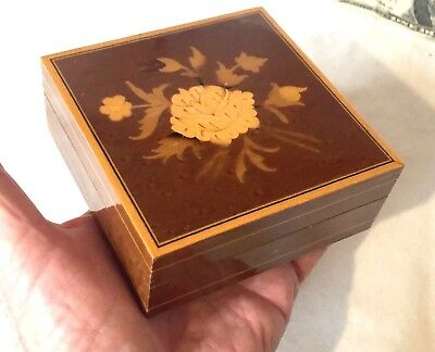 Hand-Crafted Wood Inlay Marquetry Small Trinket Box W/ Floral Design - Italian?
