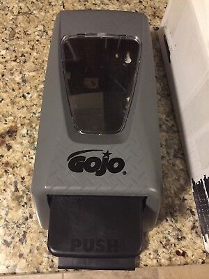 GOJO HAND CLEANER DISPENSER Used Free Shipping Model 7255-d2