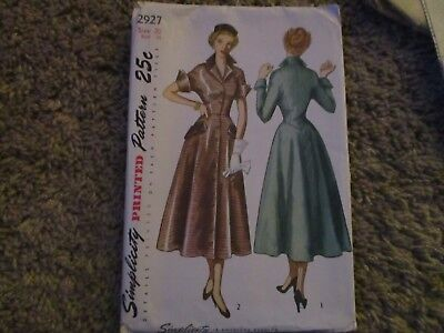 Vintage Sewing Pattern 1940s Dress Simplicity 2927 Factory Folded Sz 20 Bust 38