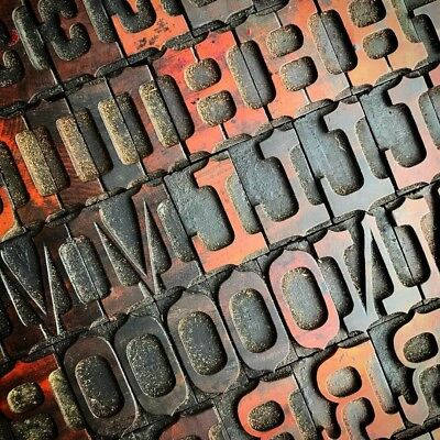 Letterpress Wood Type 8 Line (35mm) Ornamented French Antique Wood Letter