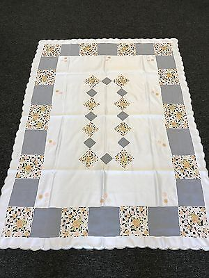 "54x72"" Fabric Embroidered Floral Embroidery Rectangular Tablecloth with Napkins"