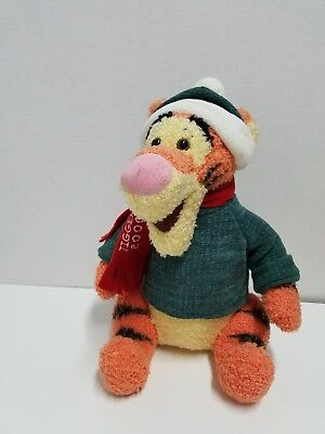 Disney Tigger 2000 Plush Christmas holidays winter Holiday Santa Winnie the Pooh