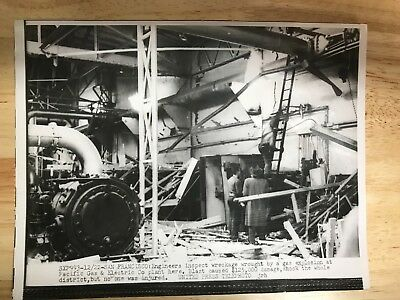 """PG&E Pacific Gas and Electric 2 Old Photos 50""""s"""