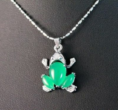The frog green Jade Amulet pendant necklaces