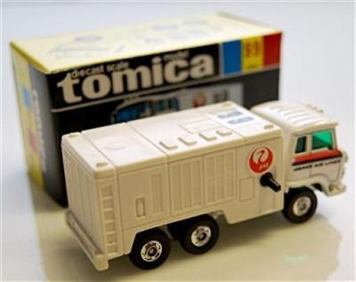 """Tomy Tomica-99, Hino Airport Air Conditioning Truck, """"jal"""" W067"""