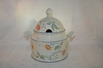 Villeroy & Boch Albertina Large Lidded / Handled Vegetable / Soup Tureen (E2)