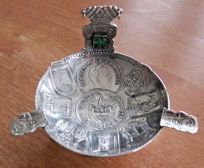 VINTAGE ASHTRAY FROM COLOMBIA - 900 SILVER - WITH SMARAGD STONE - 7,5 x 5,5 CM -