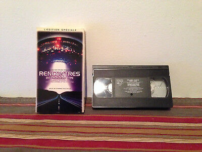 Close Encounters of the Third Kind / Rencontres du troisieme type VHS FRENCH