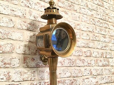 Excellent Large Antique Brass Victorian Oil Coach Carriage Lamp with bracket